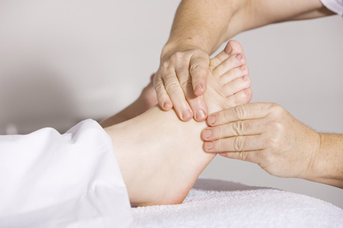 physiotherapy-2133286_1920_USE