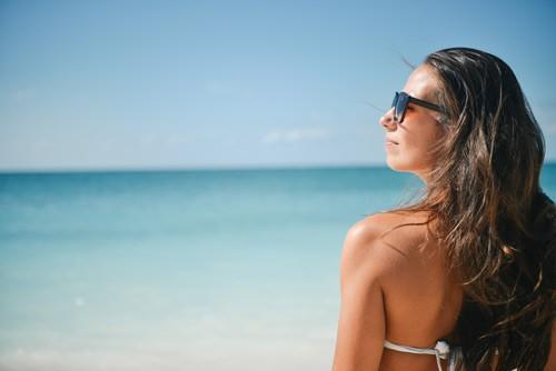 sea-sunny-person-beach-USE