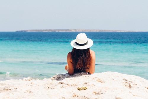 beach-blue-bronzing-871060-use
