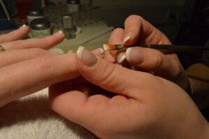 fingernails-259972_1920-USE