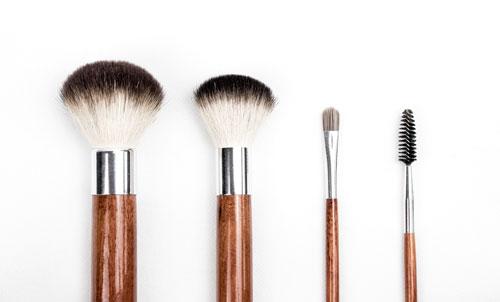 beauty-make-up-make-up-brushes-205923-USE